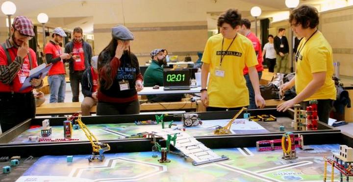 ROBOTS_LAB riparte la squadra di robotica!