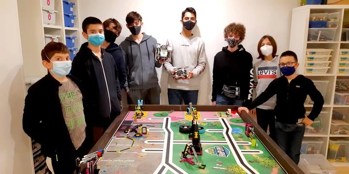 La squadra Robots_Lab terza alle selezioni regionali FLL